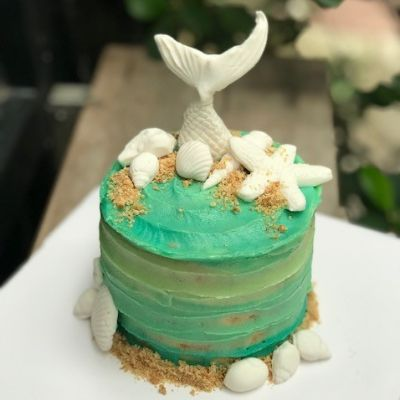 Mini Beach Theme Cake [800 Grams]