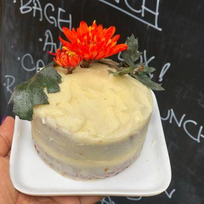 Carrot Cream Cheese Babycake [350 Grams]