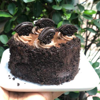 Chocolate Oreo Truffle Babycake [300 Grams]