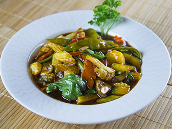 Assorted Vegetable in Chilli Basil Sauce