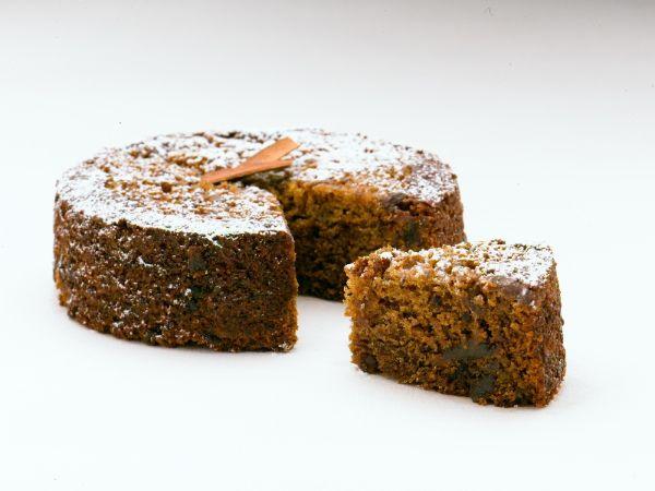 Date & Cinnamon Tea Cake