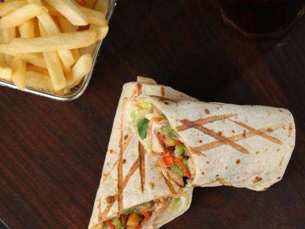 Pulled Chicken Wrap Meal