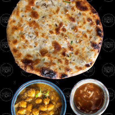 Amritsari Kulcha with chole