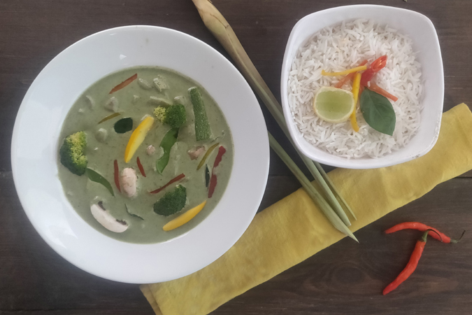 Thai Veg Green Curry ( Served with steamed rice)