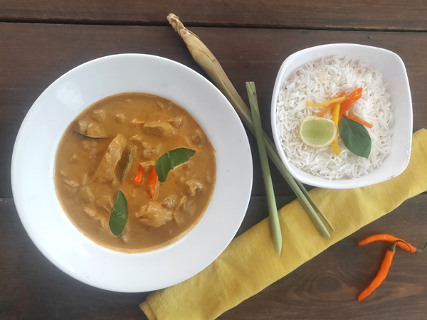 Thai Chicken Yellow Curry (served with steamed rice)