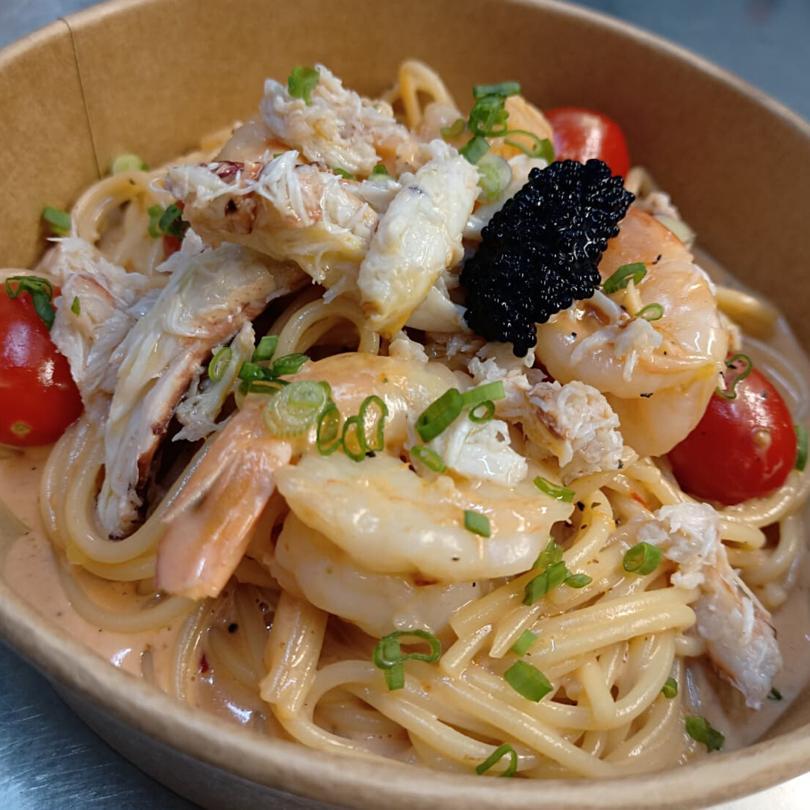 Crabmeat & Prawns Pasta
