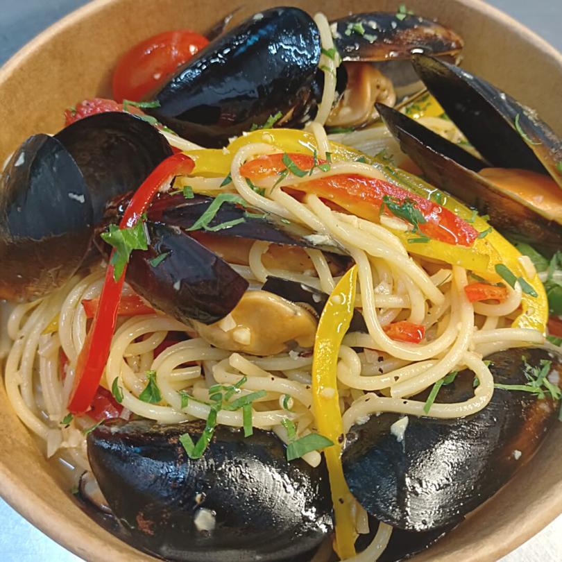 Black Mussel Pasta