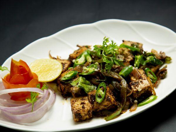 Pan-Seared Chilli Garlic Chicken