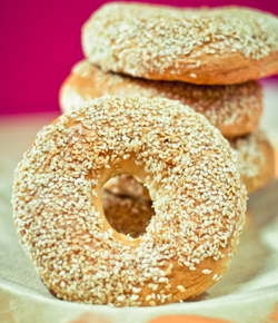 Sesame White Bagels