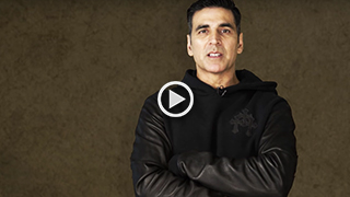 Akshay Kumar says #PaytmKaro for 2.0 Movie Tickets!