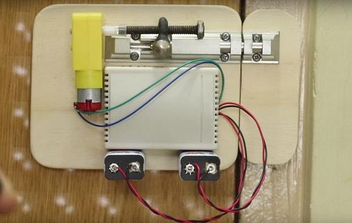 .Wireless-Smart-Door Lock