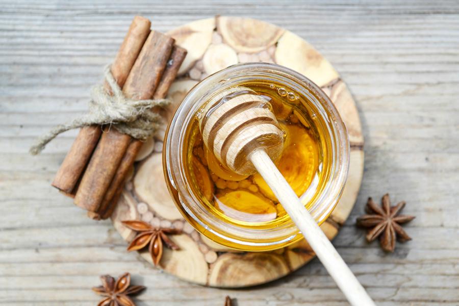 Magical Home Remedies: Bye-Bye Acne, Say Hello To Clear Skin