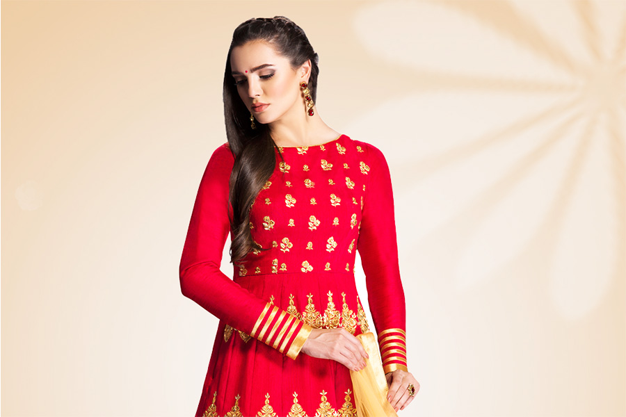 12 Ethnic Gowns For That Perfect Look On Karwachauth | The Ethnic Soul