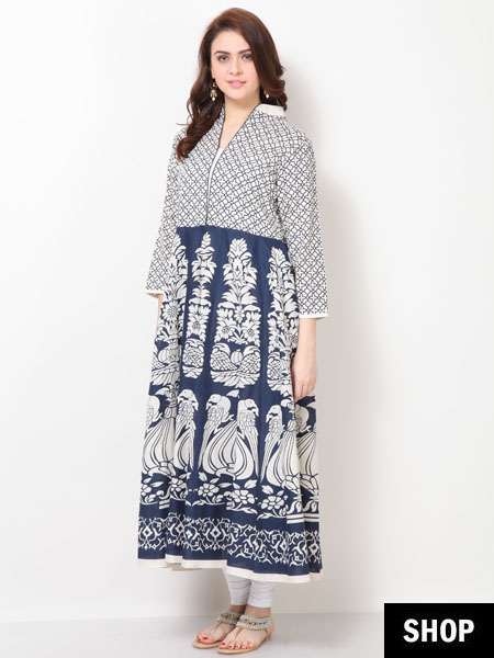 fe1e71cc4e 7 Kurti Designs That Make Short Women Look Taller | The Ethnic Soul