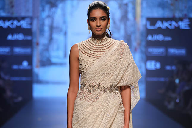 10 Trendy Designer Saree Looks You Simply Have To Own The Ethnic Soul