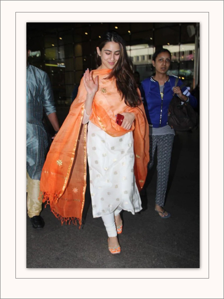 Sara Ali Khan Orange Dupatta