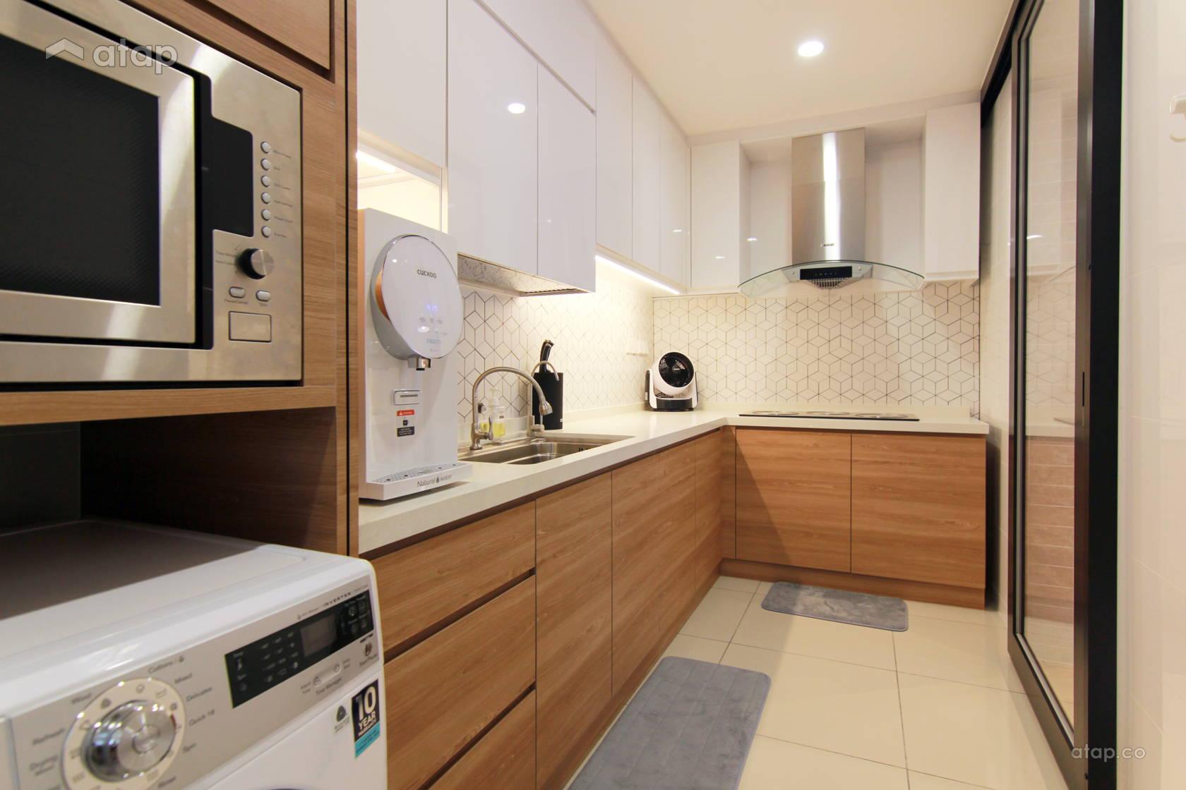 Minimalistic Modern Kitchen @ Dwiputra Residence