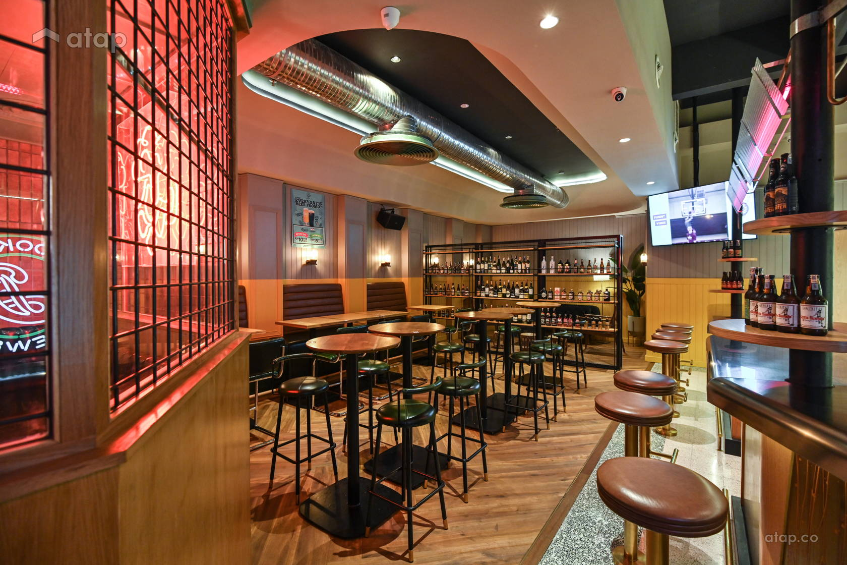 Modern Retro F&B @ Hop Beer Bar