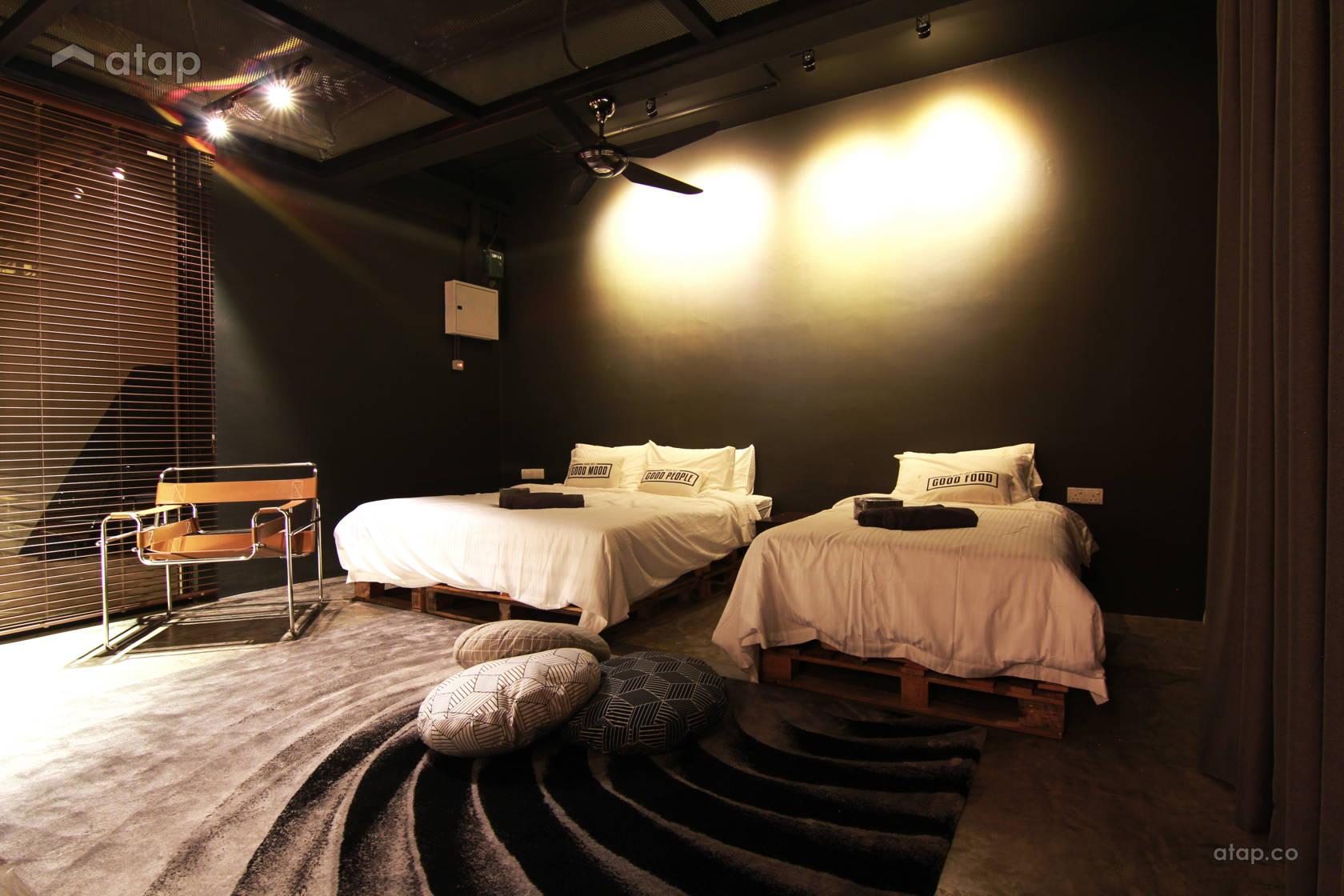Industrial Rustic Bedroom @ De Gallery