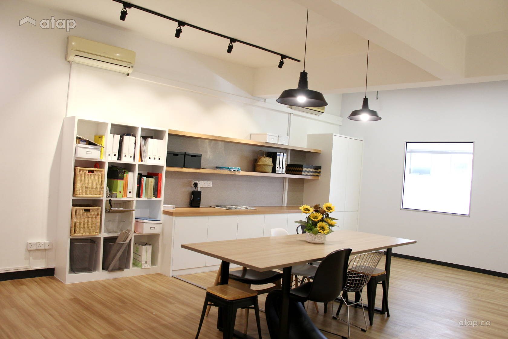 Contemporary Modern Office @ SUNWAYMAS STUDIO OFFICE