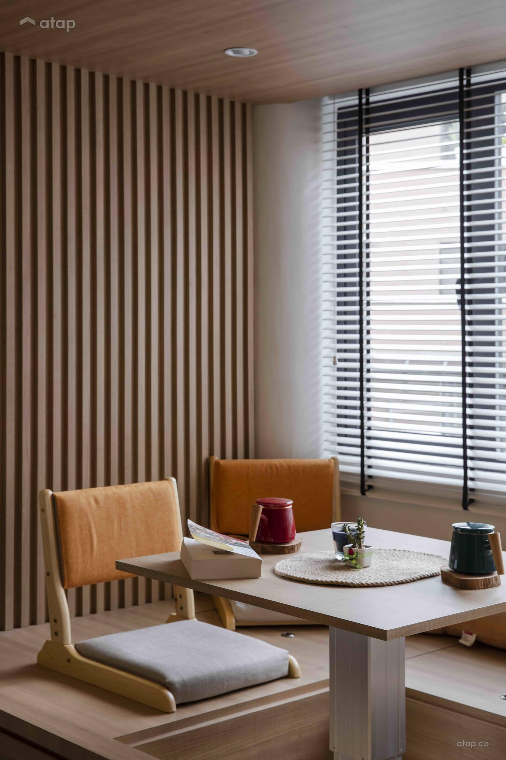Condominium Study Room: Minimalistic Modern Balcony Study Room Condominium Design