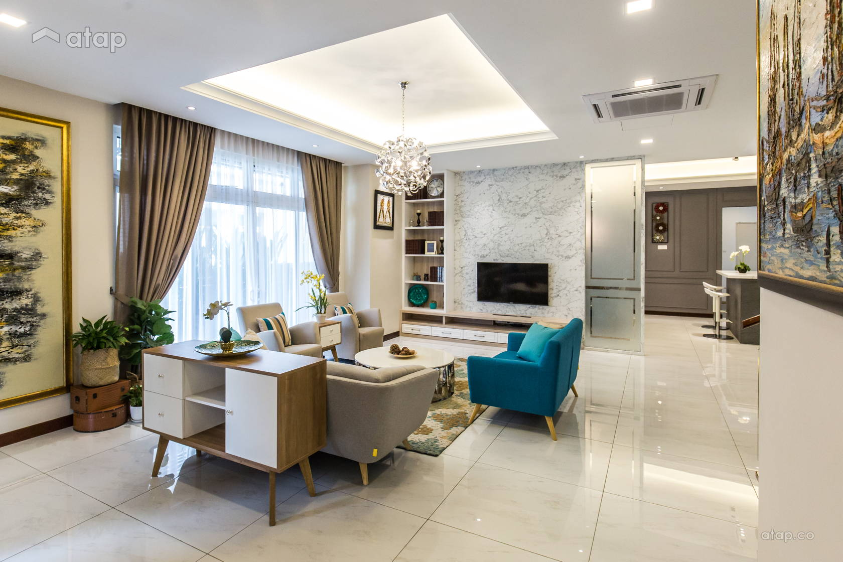 Classic Contemporary Family Room Living Room bungalow ...