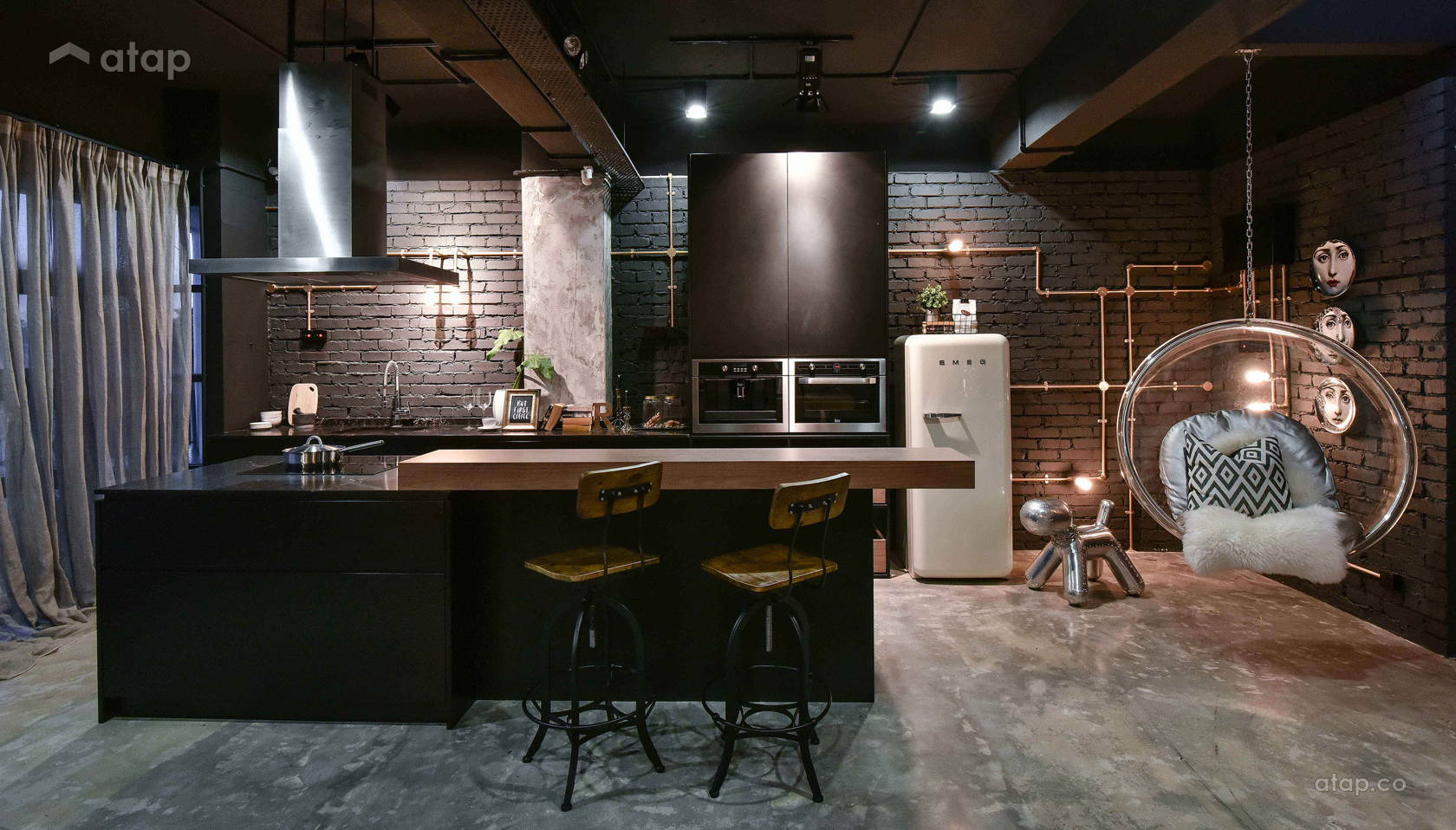 Industrial Kitchen @ The Roof Lifestyle Concept Studio
