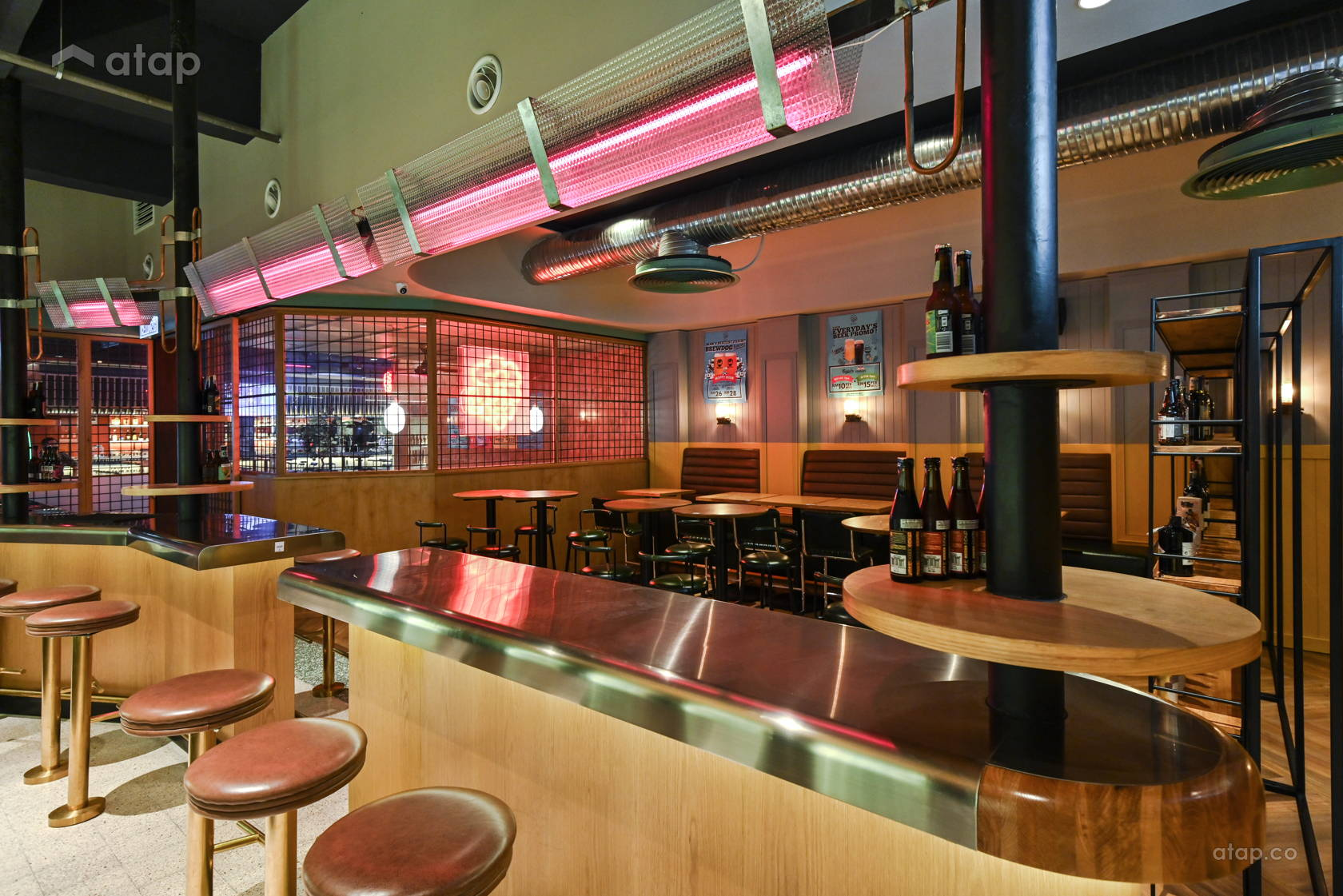 Contemporary Retro F&B @ Hop Beer Bar