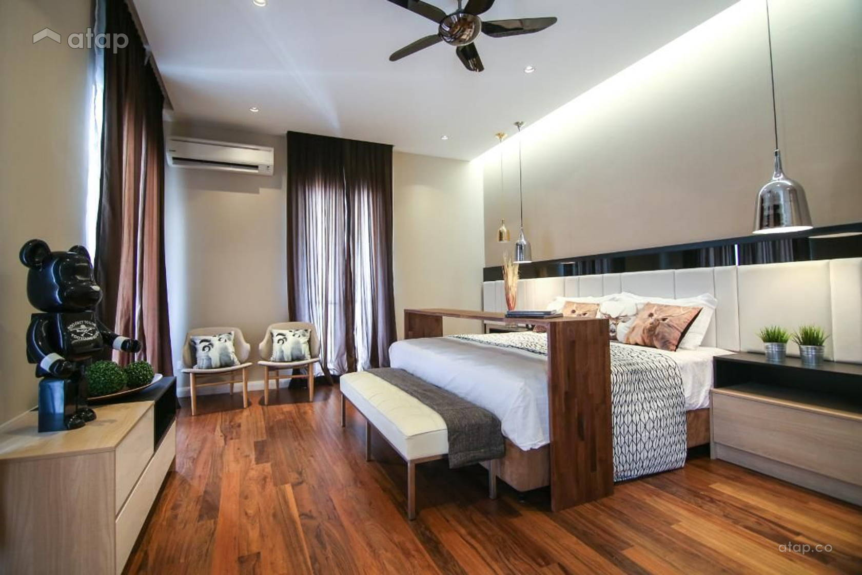 Contemporary Modern Bedroom @ Villa Serene Kiara