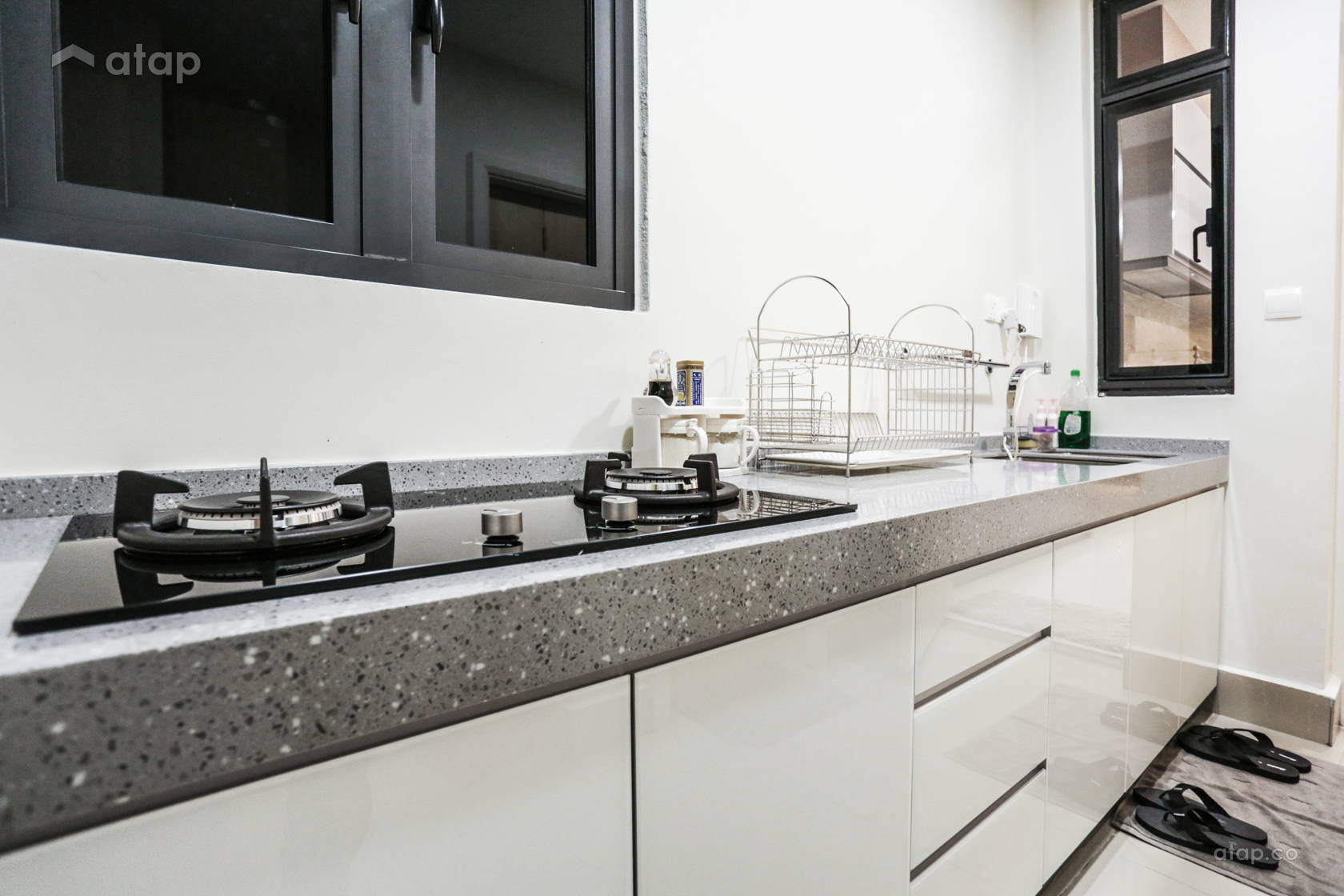 Contemporary Modern Kitchen @ luxury condominium unit @ Icon City Condominium