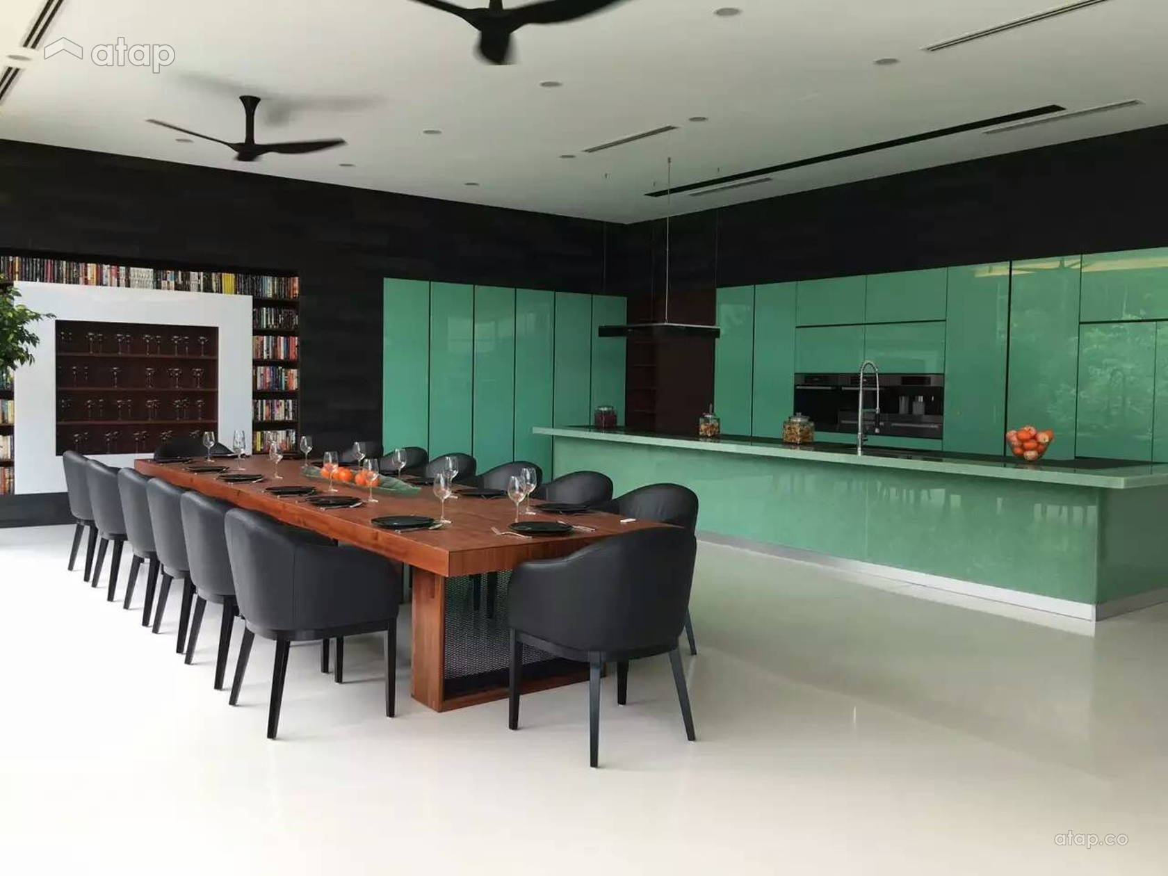 Modern Kitchen @ AIQ