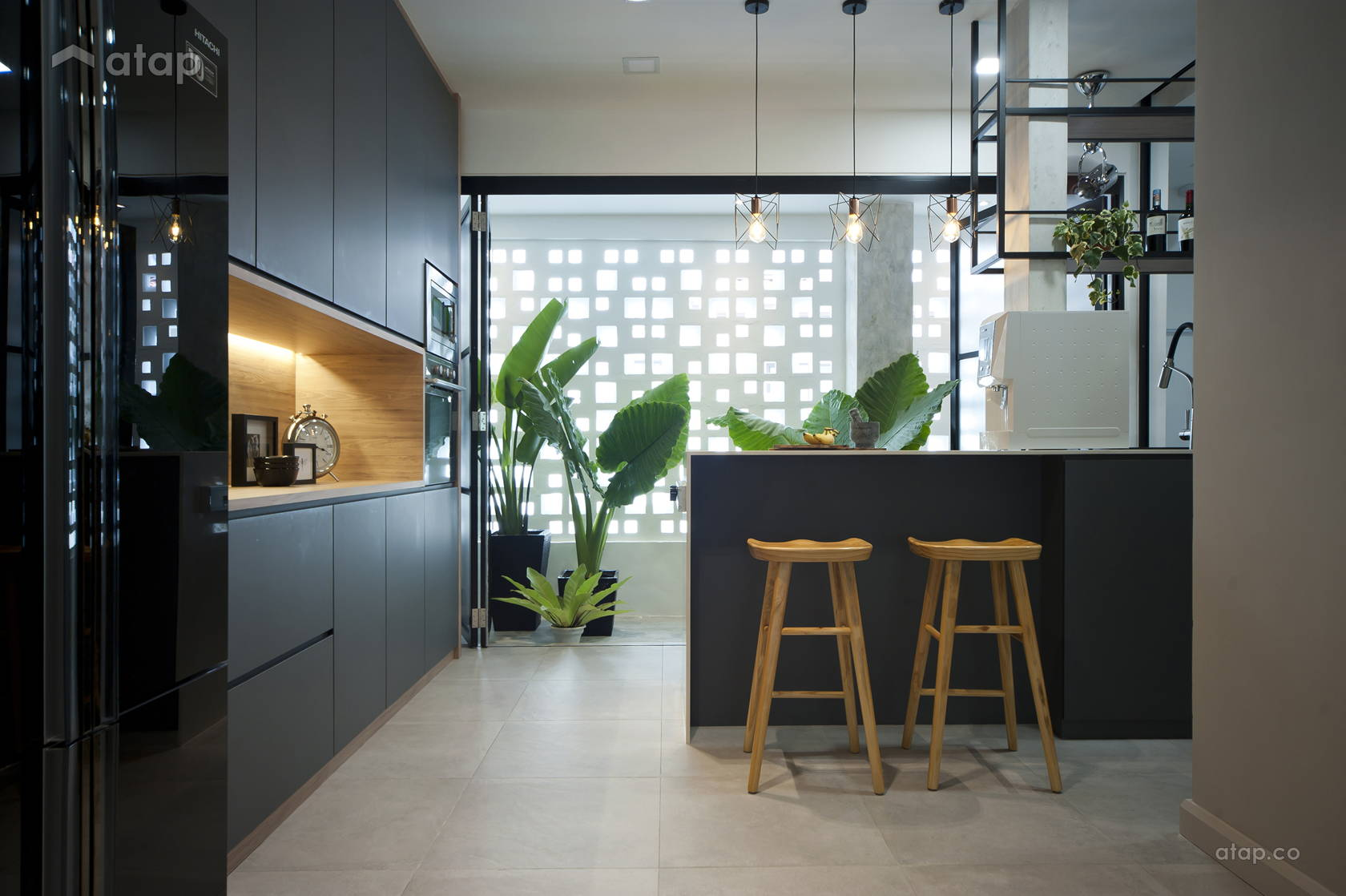 Contemporary Modern Garden Kitchen @ Mutiara 85