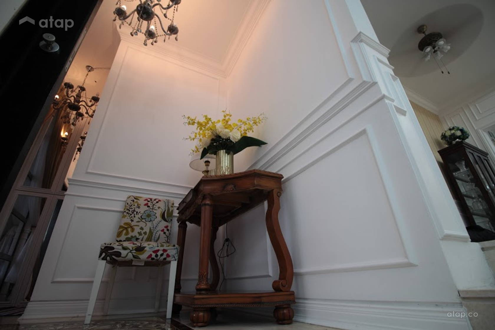 Well-designed cabinet and wainscoting are essential interior design on