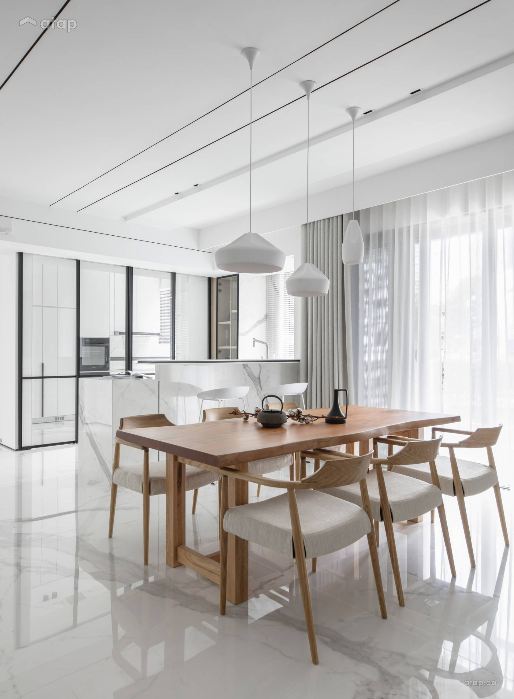Minimalistic Modern Dining Room Kitchen @ THE IMPACT OF WHITE - Double Storey, Desa parkcity