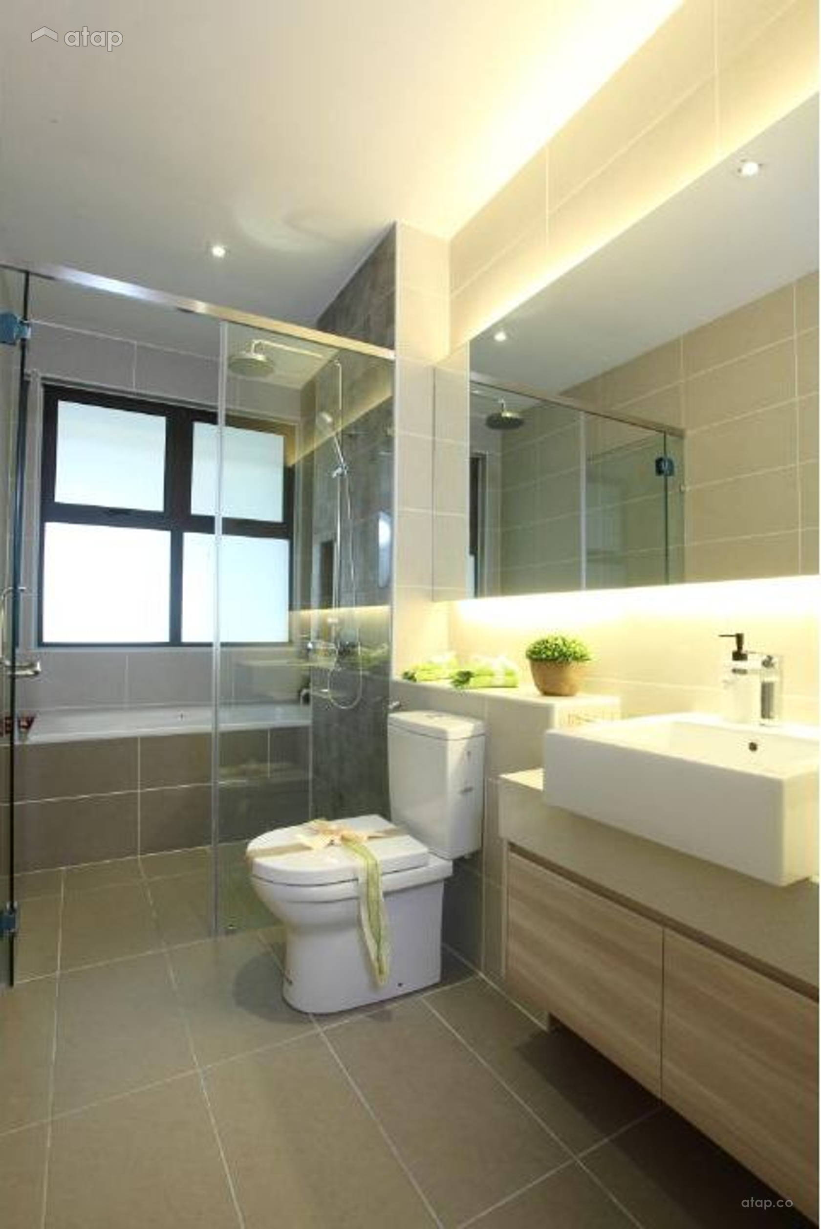 Contemporary Modern Bathroom @ Isle Of Kamares Setia Eco Glades, Cyberjaya