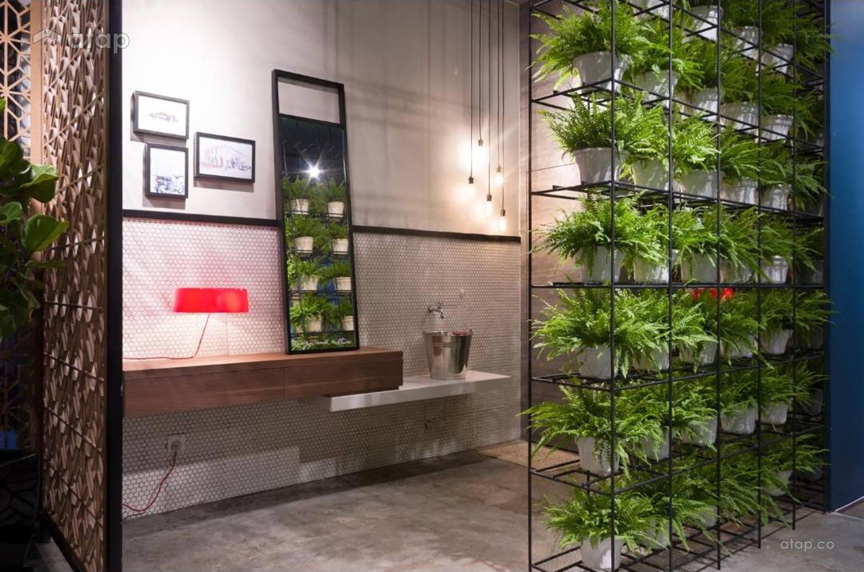 Vintage Retail Bathroom @ WAA Design & Culture Showroom