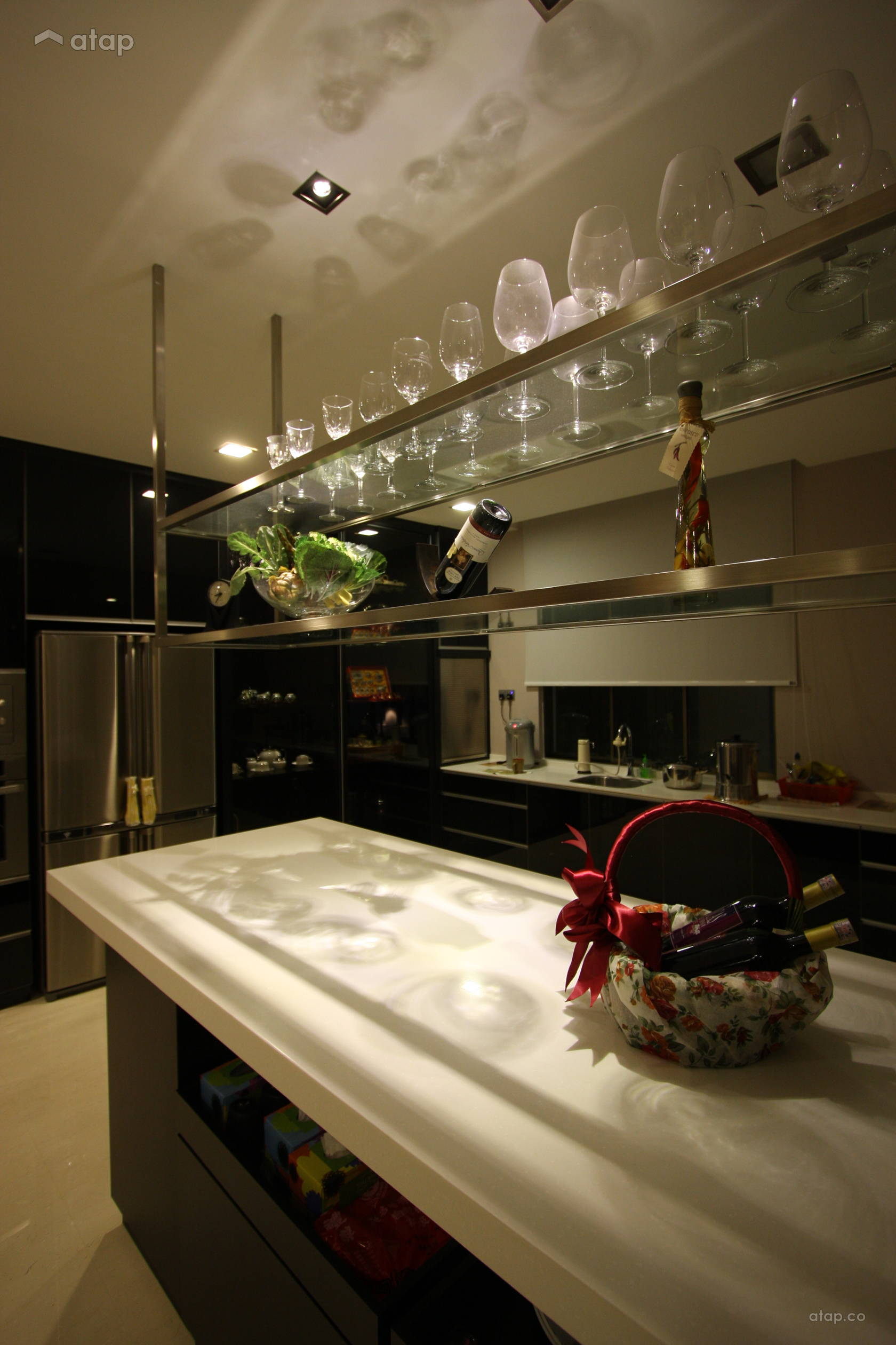 Contemporary Modern Kitchen @ Modern Tropical and Luxury