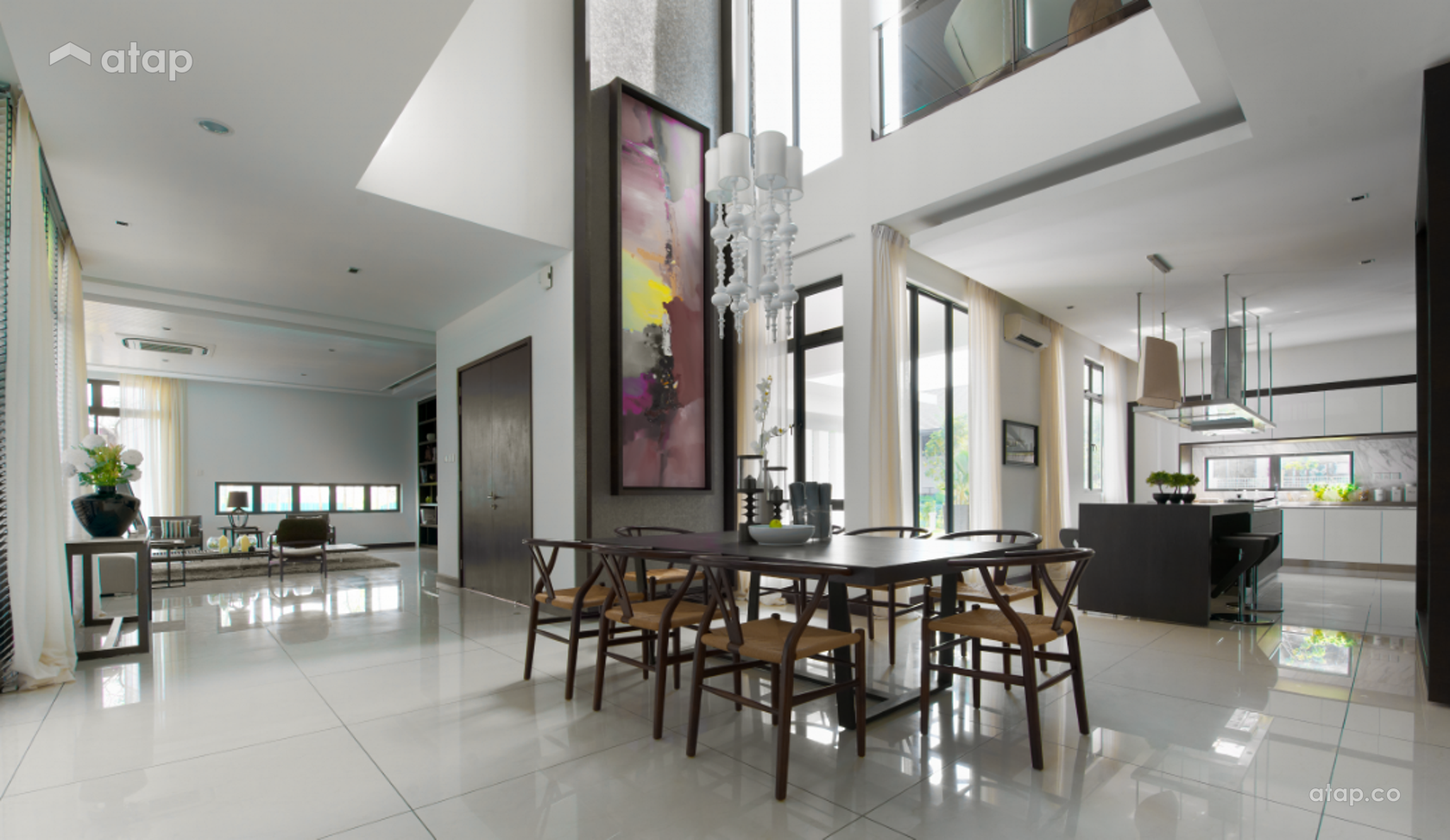 Contemporary Modern Dining Room @ The Straits View Residences
