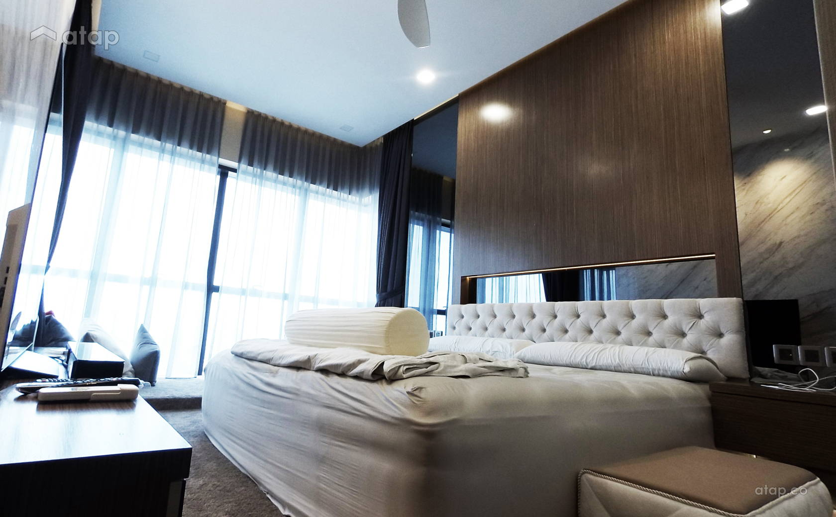 Contemporary Modern Bedroom @ luxury condominium unit @ Icon City Condominium