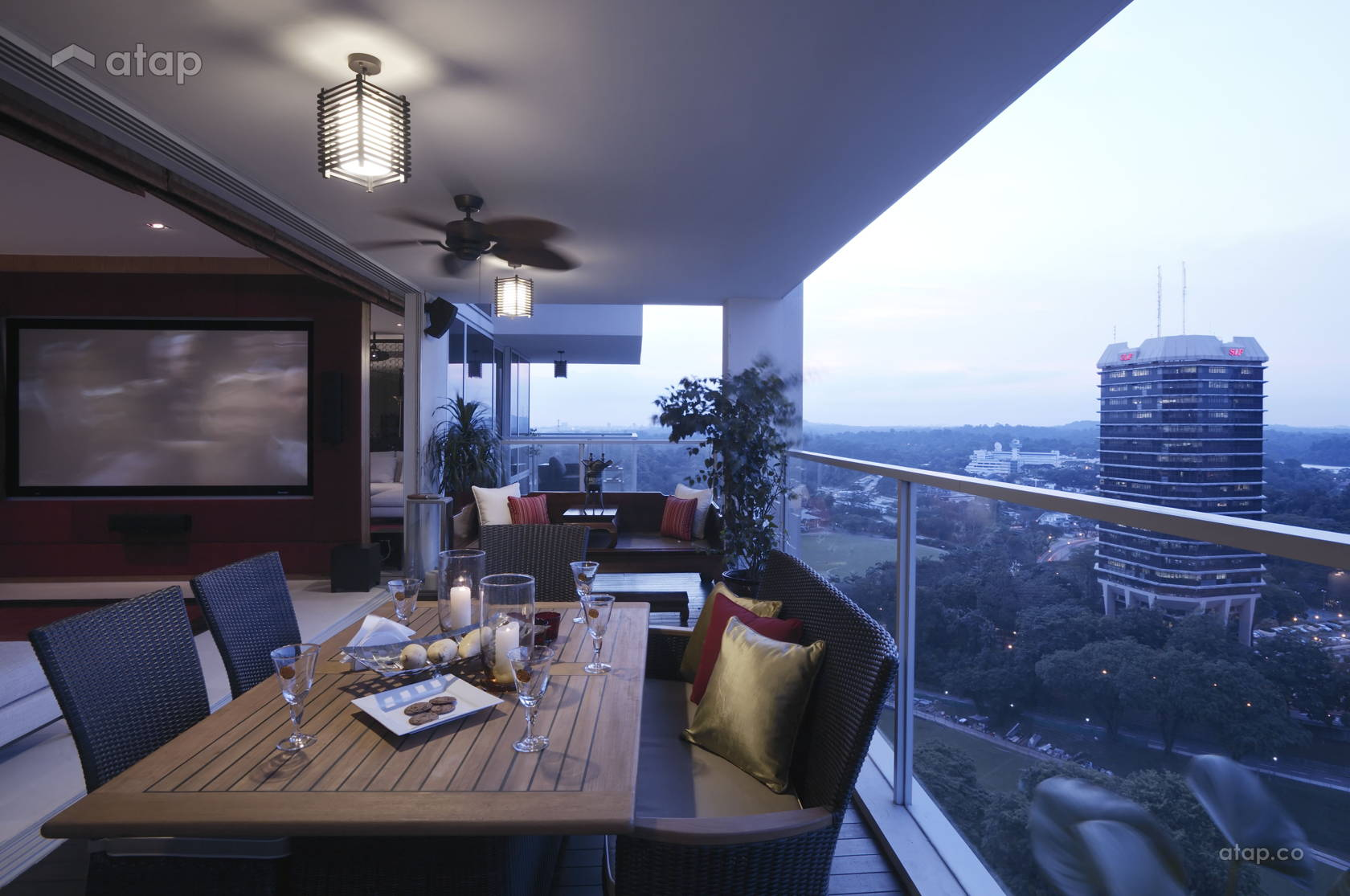 Asian Contemporary Balcony @ Sky@Eleven