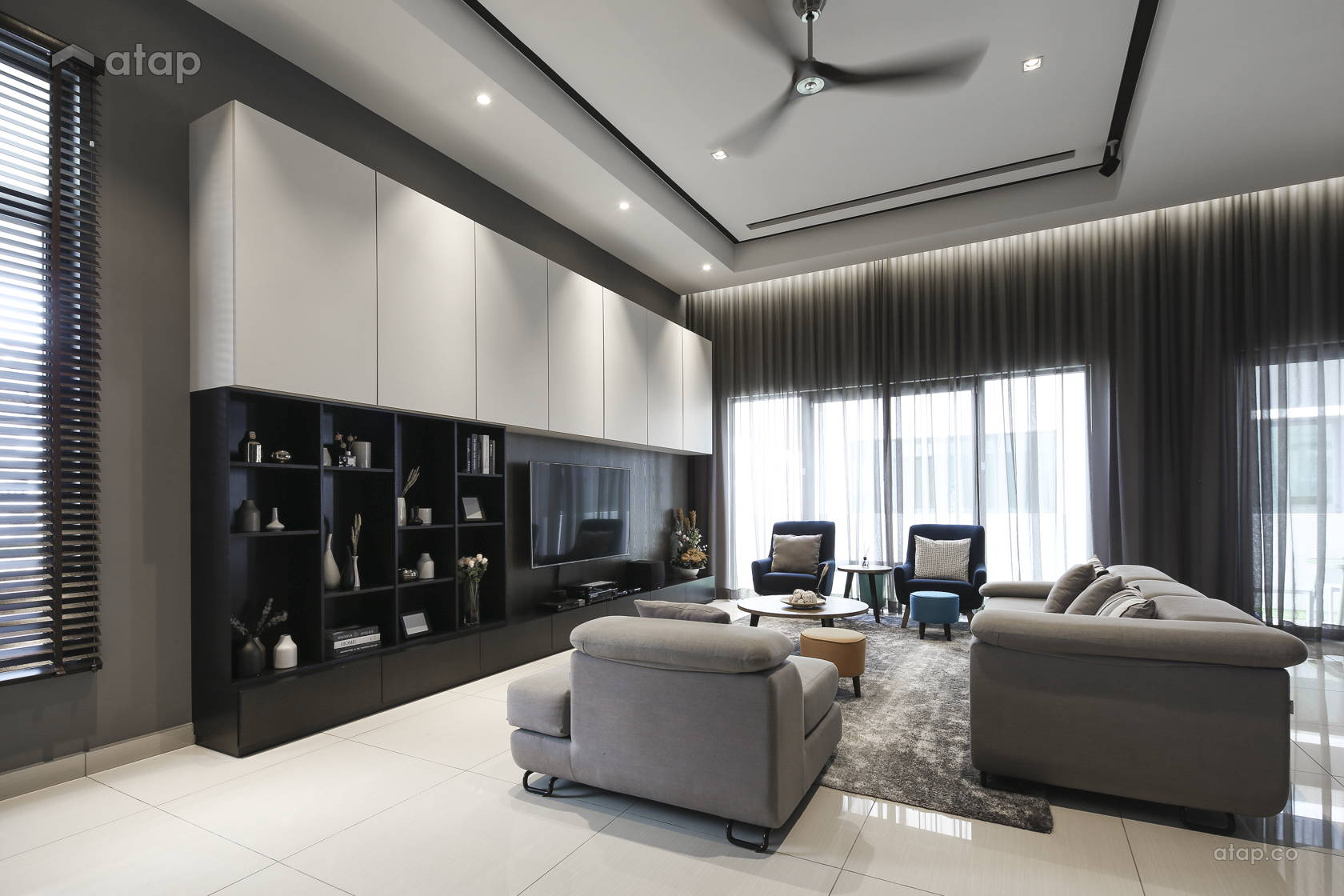 Contemporary Modern Living Room @ D' Island Corallia