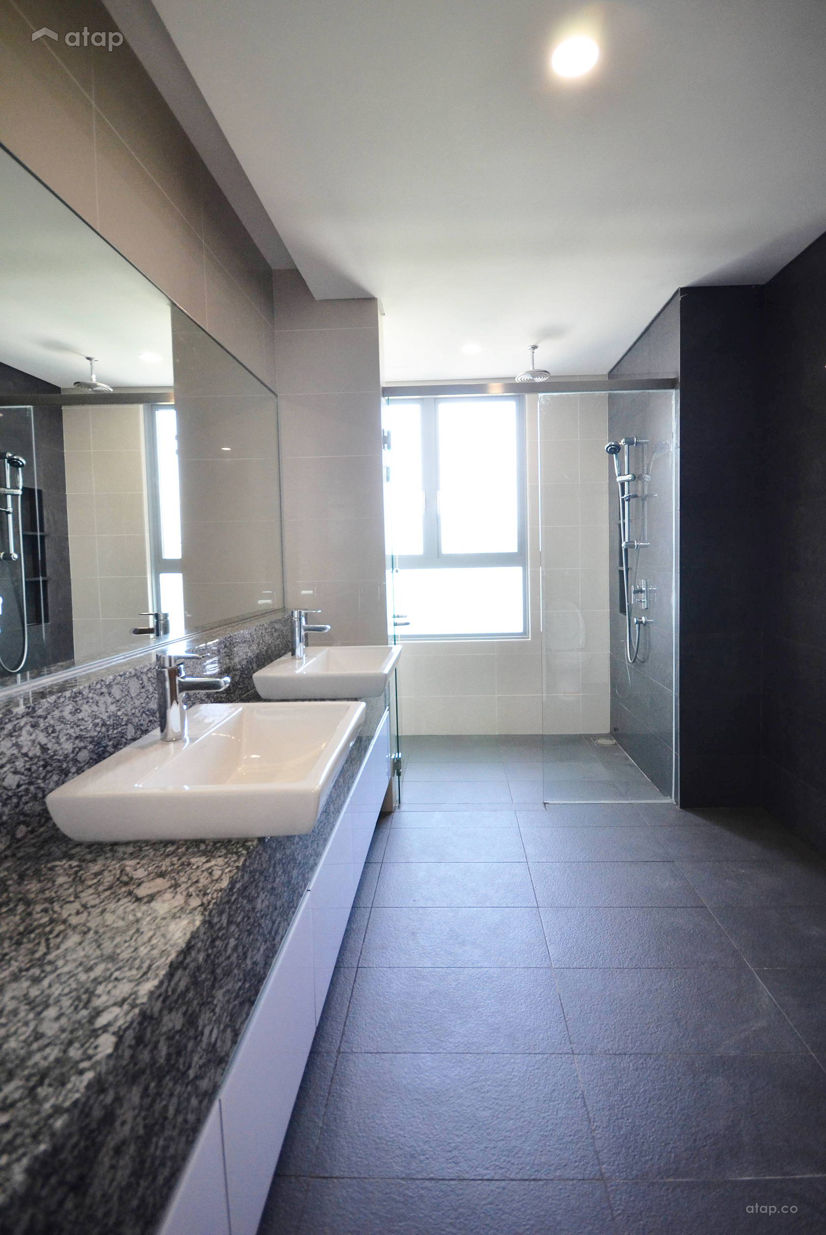 Modern Bathroom @ The Westside One at Desa Park