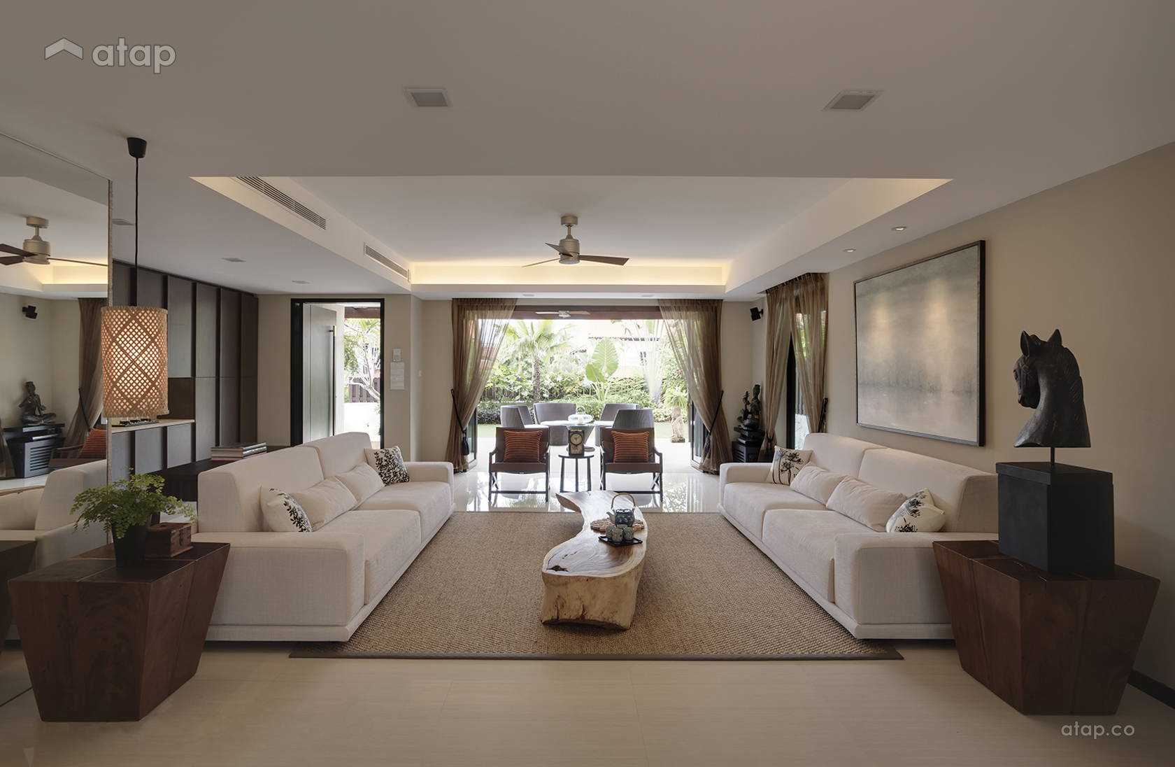 Contemporary Modern Family Room Living Room @ Siglap Ave (Resort Themed)