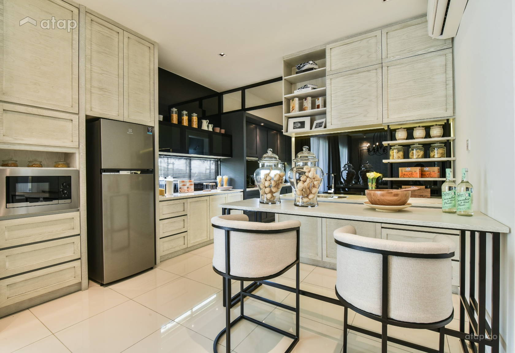 Classic Contemporary Kitchen @ Gamuda Garden 2B