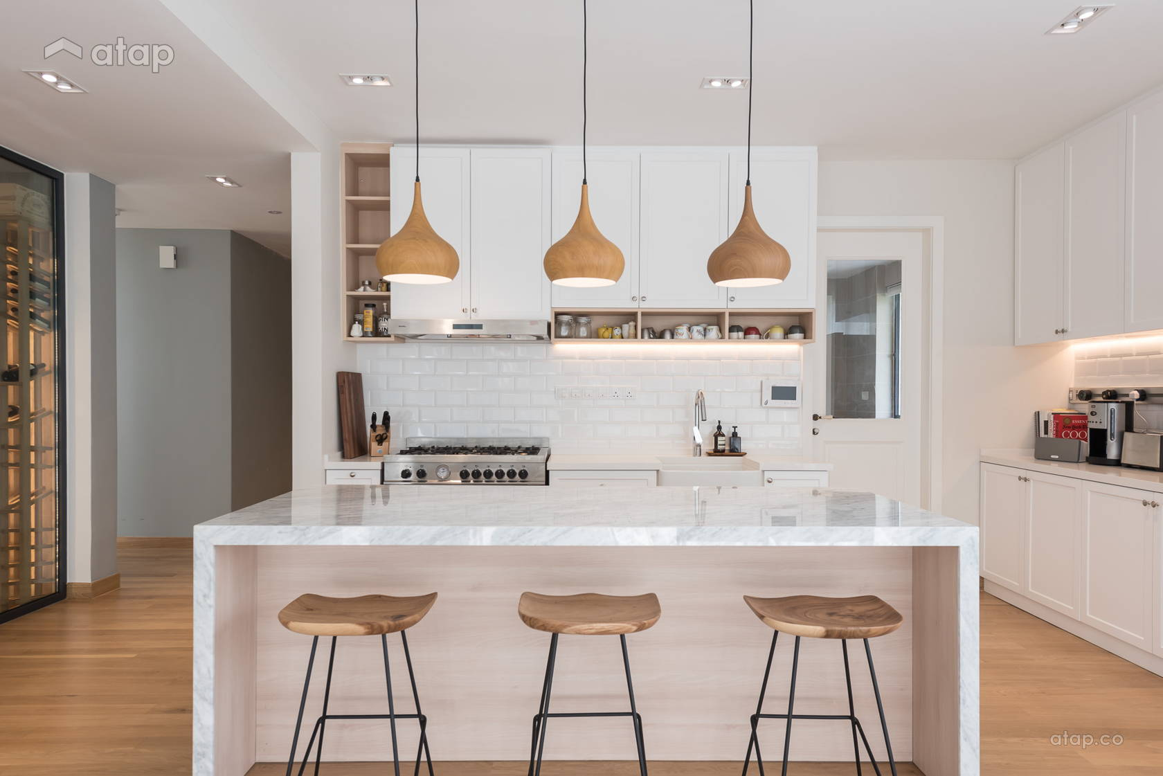 Minimalistic Modern Dining Room Kitchen @ Scandinavian Bungalow | When Simplicity Matters