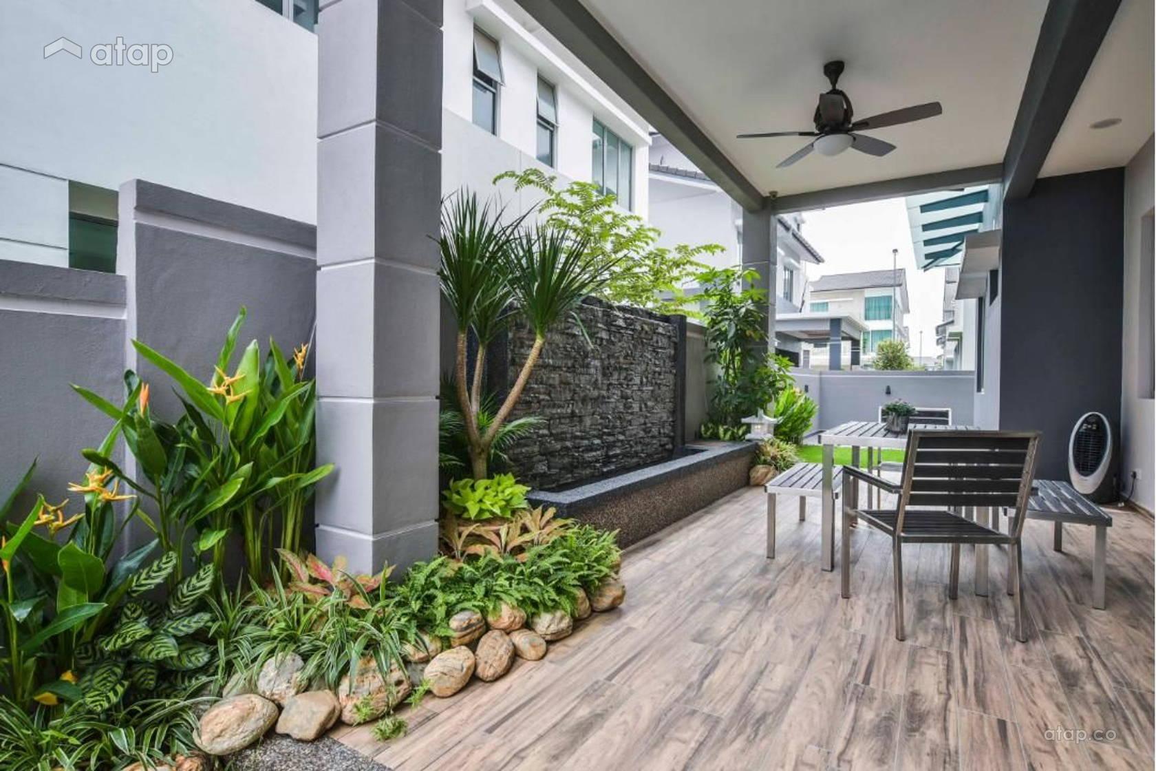 Contemporary Modern Garden Exterior @ Klang