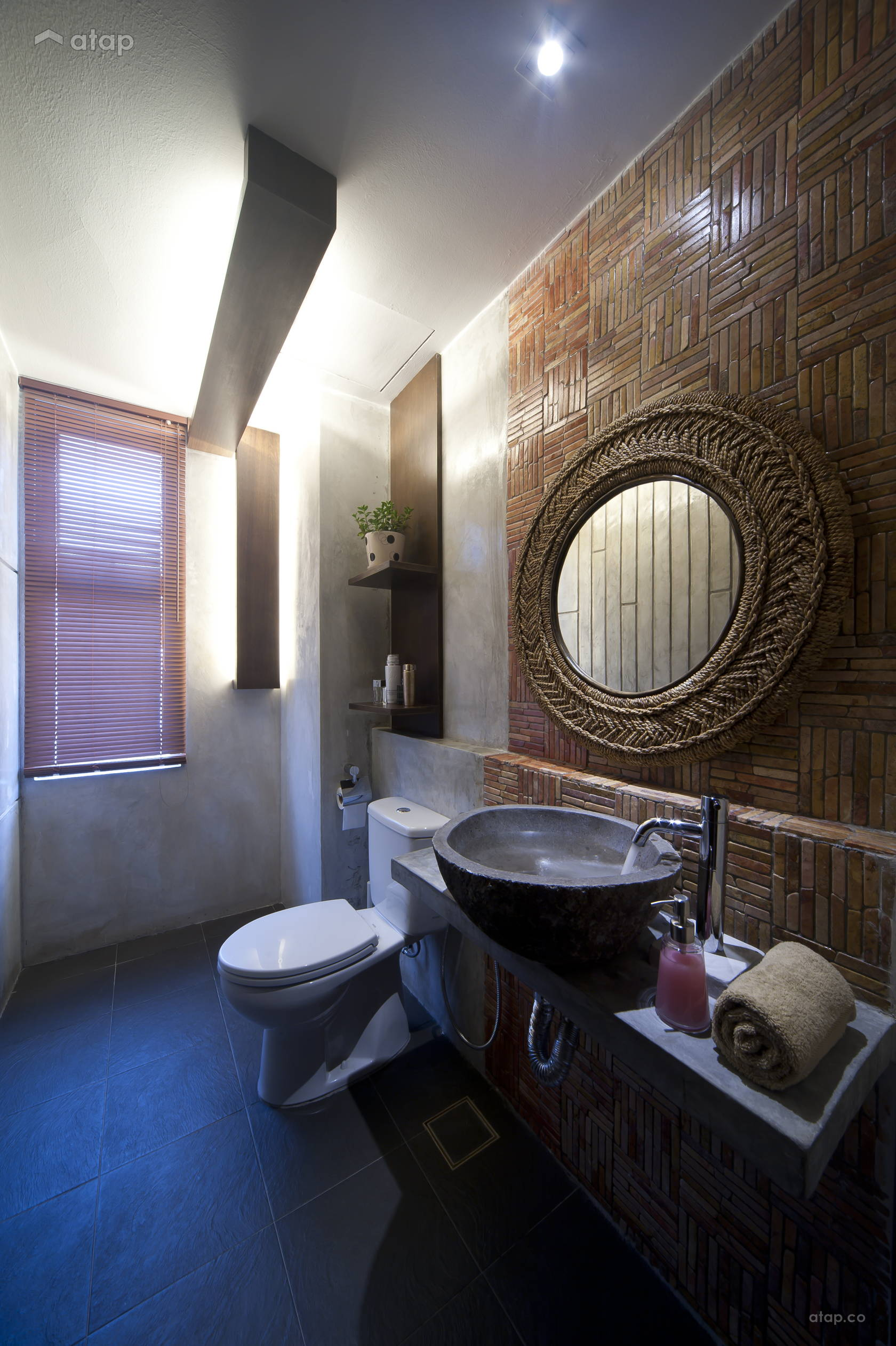 Asian Rustic Bathroom @ Wood, Stones and sky garden
