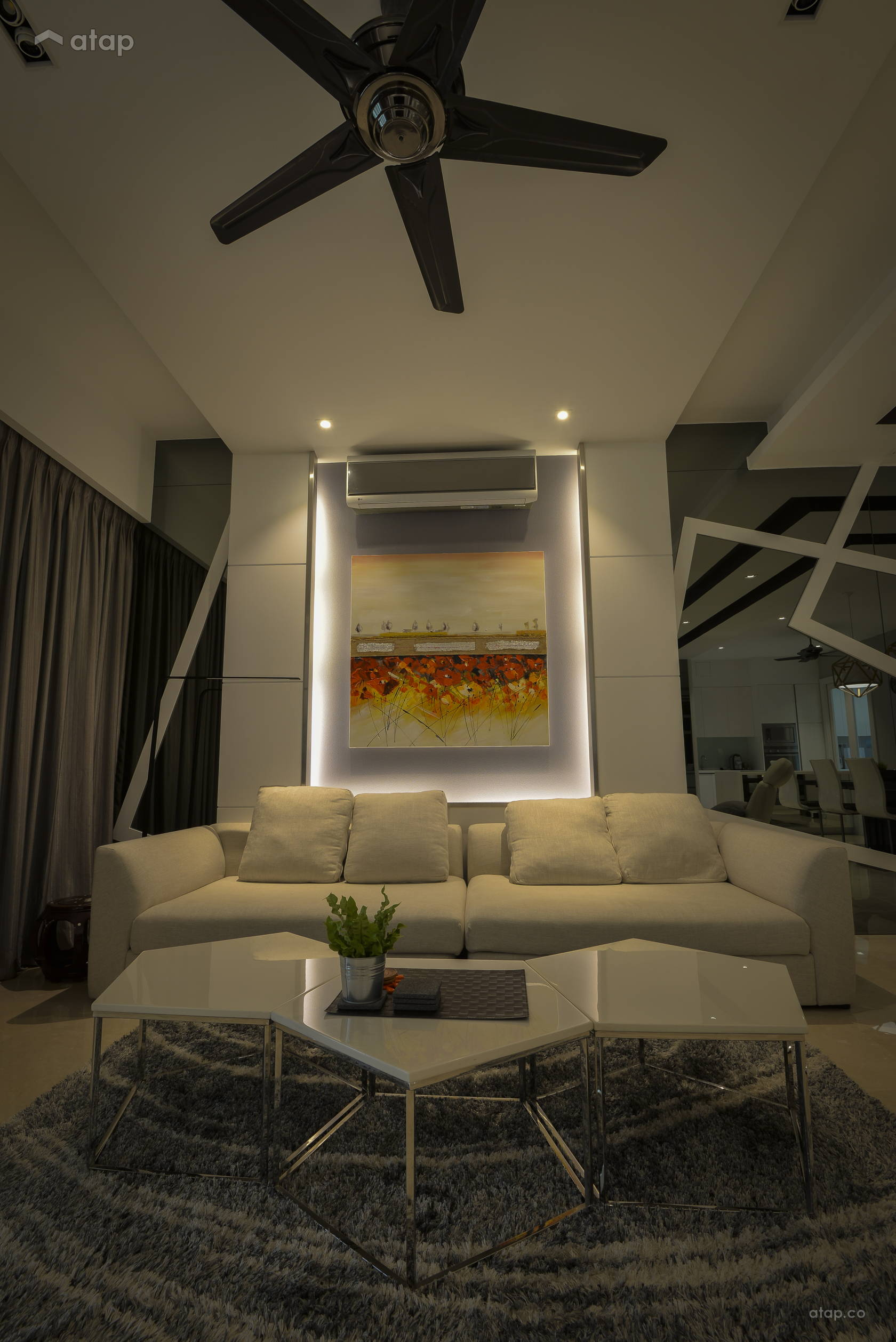 Contemporary Minimalistic Living Room @ < Visual Vehemence > @ Seni Mont' Kiara