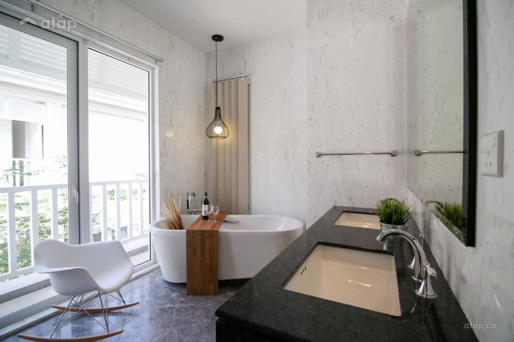 Contemporary Modern Bathroom @ Villa Serene Kiara