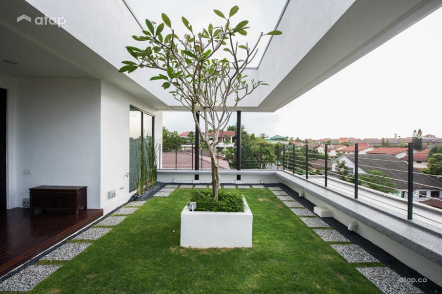Malaysian Balcony Designs That are Perfect for Gardening ...